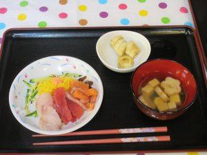 8月ユニット昼食